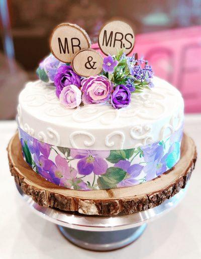 wedding cake custom