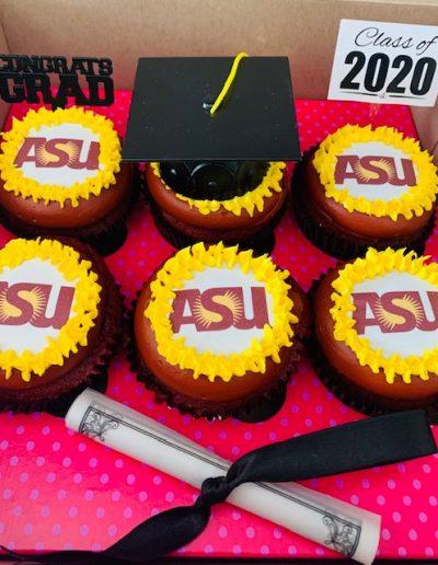 ASU graduation cupcakes