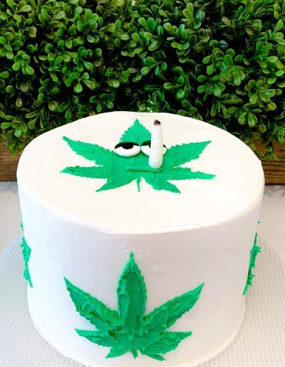 custom pot cake