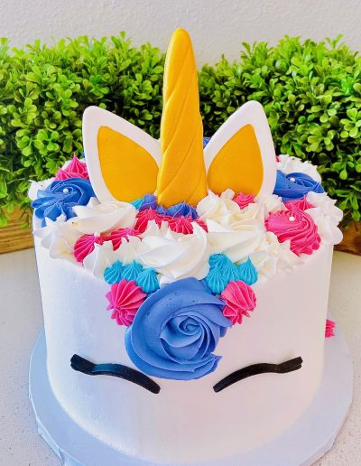 unicorn custom cake